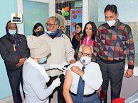 जिले में 49% टीकाकरण, मायागंज में 36 को लगा, हीलिंग टच में भी शुरू|भागलपुर,Bhagalpur - Dainik Bhaskar