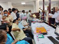 बेवजह फाइलों पर ऑब्जेशन लगाने पर रेवेन्यू ऑफिसर और एक बाबू पर गिरी गाज; एटीपी, सीनियर असिस्टेंट को नोटिस|जयपुर,Jaipur - Money Bhaskar