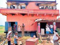 ठनका गिरने से थाेक दुकान में लगी आग, 50 लाख का नुकसान पटना,Patna - Dainik Bhaskar