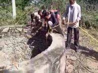 130 फीट गहरे कुएं में डूबा तेंदुआ, रेस्क्यू में बिजली कटौती बनी बाधक पाली,Pali - Money Bhaskar