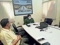 दूसरे राज्यों से आने वाले प्रवासी मजदूरों का होगा काेराेना टेस्ट, 7 दिन तक क्वारेंटाइन सेंटर में रहेंगे|जमशेदपुर,Jamshedpur - Dainik Bhaskar