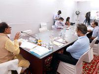 कहा- लॉकडाउन नहीं, कोरोना कर्फ्यू है, कई गतिविधियों को छूट दी जा रही है, भोपाल पर हो सकता है फैसला भोपाल,Bhopal - Dainik Bhaskar