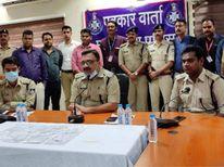 गैंग के 4 आरोपी पकड़ाए, 1 फरार, 8 चेन जब्त; इंदौर से उज्जैन आकर करते थे वारदातें|इंदौर,Indore - Money Bhaskar