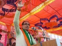 कांग्रेस पर हुए हमलावर, बोले - राष्ट्रीय अध्यक्ष नहीं, मप्र में सिर्फ कमलनाथ बाकी कांग्रेसी अनाथ; अरुण यादव का टिकट ही काट दिया खंडवा,Khandwa - Money Bhaskar