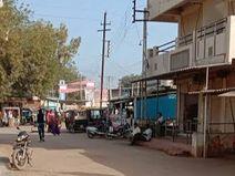 માંડવી તાલુકાના કોડાય ગામમાં આંશિક બંધ વચ્ચે કોરોના સંક્રમિત વેપારીઓ વ્યાપાર કરતા હોવાનું સામે આવ્યું|ભુજ,Bhuj - Divya Bhaskar