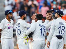 BCCI ભવિષ્યમાં પિન્ક બોલ ટેસ્ટ રમાડવાની ઈચ્છા ધરાવતું નથી, ડે-નાઈટ ટેસ્ટ માટે પ્લેયર્સ તરફથી પણ મળ્યો નેગેટિવ ફિડબેક|ક્રિકેટ,Cricket - Divya Bhaskar