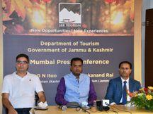 महाराष्ट्र-गुजरात के टूरिस्टों ने कश्मीर से मुंह मोड़ा तो टूरिस्ट विभाग के अधिकारी न्यौता देने मुंबई पहुंचे, तीन महीने में 24 लाख टूरिस्ट जम्मू आये मुंबई,Mumbai - Money Bhaskar