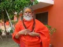 उज्जैन के संतों ने की निष्पक्षसीबीआई जांच की मांग, रात में ही प्रयागराज के लिए रवाना हुए संत|उज्जैन,Ujjain - Money Bhaskar
