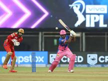 સંજુ સેમસનની કેપ્ટન્સ નોક પાણીમાં, IPLમાં કેપ્ટન તરીકેની ડેબ્યુ મેચમાં સદી મારનાર પ્રથમ પ્લેયર બન્યો|IPL 2021,IPL 2021 - Divya Bhaskar