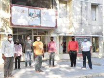 ગાજણા ગામને કોરાના મુક્ત બનાવવા યુવા બ્રિગેડ કોવિડ કેર સેન્ટરની સેવામાં 24 કલાક જોતરાયાં|આણંદ,Anand - Divya Bhaskar