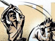 પેટલાદના અગાસ ગામમાં કાકાએ વાપરવાના પૈસા ના આપતા ભત્રીજાએ જીવલેણ હુમલો કરતા પોલીસ ફરિયાદ આણંદ,Anand - Divya Bhaskar