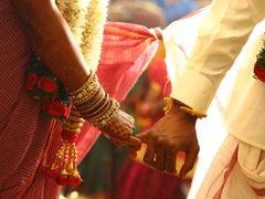દુલ્હાને 2નો ઘડિયો ના આવડતા દુલ્હને લગ્ન કરવાની ચોખ્ખી ના પાડી દીધી, જાન ખાલી હાથે પાછી ગઈ|લાઇફસ્ટાઇલ,Lifestyle - Divya Bhaskar