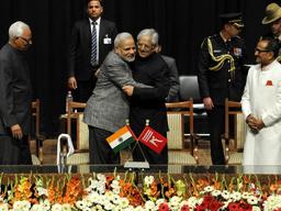 नेहरू से मोदी तक प्रधानमंत्रियों ने अमन बहाली की कोशिश की; भाजपा PDP के साथ गठबंधन कर पहली बार सत्ता में आई|देश,National - Dainik Bhaskar