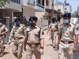 ભરૂચ જીલ્લામાં કોરોનાનો કહેર યથાવત, પોલીસ દ્વારા કોરોના કાળમાં અત્યાર સુધી રૂપિયા 1.89 કરોડનો દંડ વસૂલવામાં આવ્યો ભરૂચ,Bharuch - Divya Bhaskar