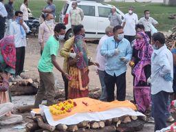 સંક્રમણ કાબુથી બહાર, ગામડાઓમાં પણ કેસ વધ્યા ભરૂચ,Bharuch - Divya Bhaskar