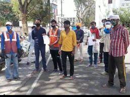 कोरोना काल में भी नियमित सेवा दे रहे सफाईकर्मियों को आर्थिक संकट का करना पड़ रहा सामना, परासिया नगर पालिका के कर्मचारियों ने कलेक्ट्रट का किया रूख|छिंदवाड़ा,Chhindwara - Money Bhaskar
