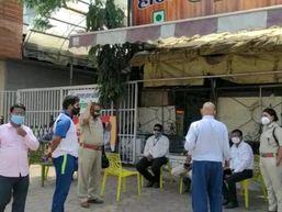 10 हजार जुर्माने के साथ गोपाल मिड-वे दो दिन के लिए सील; शहर में दो युवकों पर FIR खंडवा,Khandwa - Dainik Bhaskar