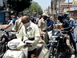 तपती दोपहरी भी नहीं थमी वाहनों की रफ्तार; पुलिस भी नहीं चूकी मौका, चालान बनाए और की वसूली|बांसवाड़ा,Banswara - Dainik Bhaskar