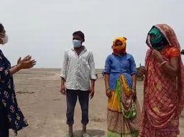પાટડીની યુવતિએ રણકાંઠાના ગામોમાં કોરોનાનો સર્વે કર્યો, ગામડામાં કોરોનાની ચોંકાવનારી હકિકતો સામે આવી|સુરેન્દ્રનગર,Surendranagar - Divya Bhaskar