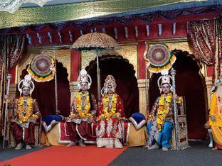 श्री राम का हुआ राज्याभिषेक, 60 के दशक में लाए मुकुट से हुआ श्रंगार|होशंगाबाद,Hoshangabad - Money Bhaskar