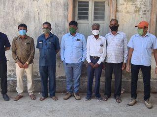 જામનગરમાં સરકારના રસીકરણ અભિયાન સામે સરપંચ એસોસિએશનની રજૂઆત|જામનગર,Jamnagar - Divya Bhaskar