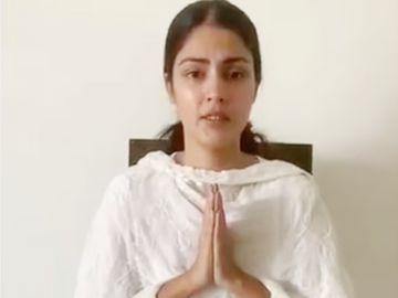 पापा के लिए एक्ट्रेस ने लिखा- माफी चाहती हूं कि वक्त मुश्किल रहा, लेकिन मुझे आपकी बेटी होने पर गर्व है|बॉलीवुड,Bollywood - Dainik Bhaskar