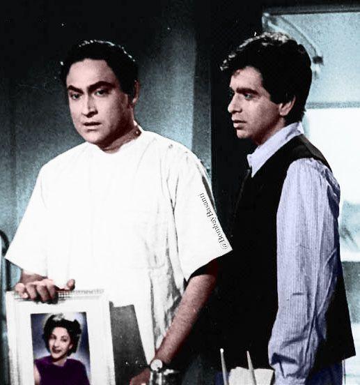 दिलीप कुमार की फिल्मों में एंट्री से पहले ही अशोक कुमार स्टार बन चुके थे।