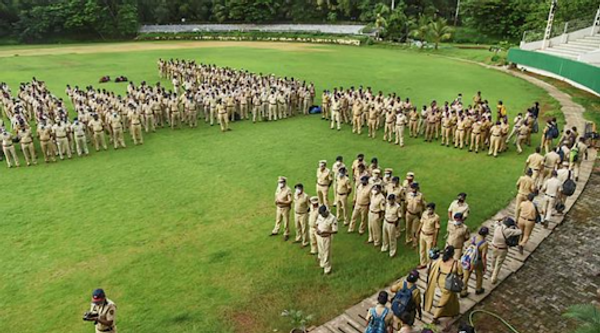 पांच हजार से अधिक पुलिसकर्मी, 500 अधिकारी एवं रिजर्व पुलिस बल इकाइयों को सिडको कार्यालय तक जाने वाली सड़कों पर तैनात किया गया था।