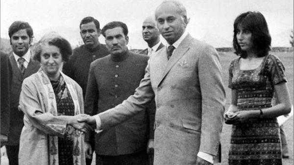 1971 के युद्ध के बाद 1972 में भारत और पाकिस्तान के बीच शिमला समझौता हुआ। इस पर भारत की ओर से तत्कालीन प्रधानमंत्री इंदिरा गांधी और पाकिस्तान के तत्कालीन प्रधानमंत्री जुल्फीकार अली भुट्टो ने हस्ताक्षर किए थे।