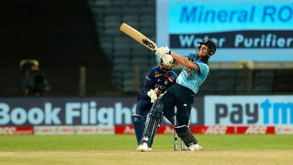 बेन स्टोक्स ने भारत के खिलाफ दूसरे एकदिवसीय मैच में कुछ अद्भुत शॉट्स लगाए।