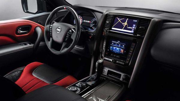 કારમાં 13-સ્પીકર બોઝ સાઉન્ડ સિસ્ટમ ઉપરાંત એપલ કારપ્લે અને એન્ડ્રોઇડ ઓટો સિસ્ટમ