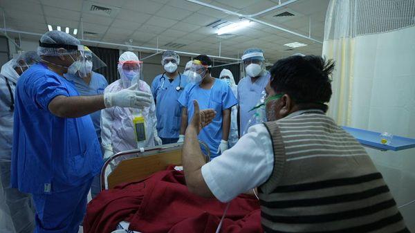 દર્દી હરેશભાઇ પટેલે કહ્યું હતું કે ડૉક્ટરો-નર્સોએ ઘણા દર્દીઓ-પરિવારોને બચાવી લીધા છે