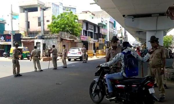 कोटा में जरा संभलकर बाहर निकले, पुलिस तैयार है क्वारेंटाइन करने के लिए।