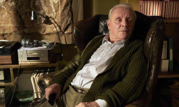 अँथनी हॉपकिन्स यांना दुस-यांदा सर्वोत्कृष्ट अभिनेत्याचा ऑस्कर पुरस्कार मिळाला आहे. यापूर्वी त्यांना 1991 मध्ये 'द सायन्स ऑफ द लॅम्ब्स' चित्रपटासाठी हा पुरस्कार मिळाला होता.