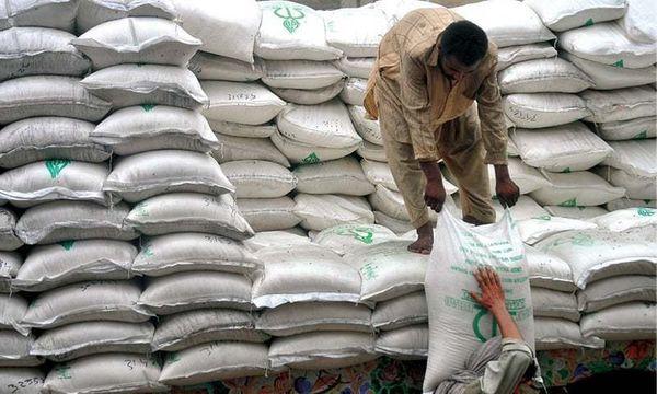 પાકિસ્તાનમાં ખાંડની કિંમત કીલો દીઠ 100ને પાર થઈ ગઈ છે