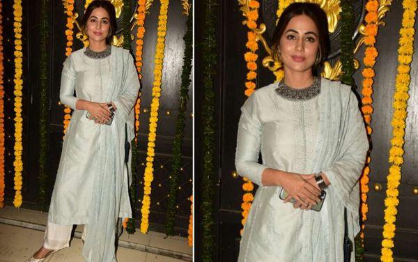 हिना खान पेस्टल कलर के सलवार सूट में बेहद खूबसूरत नजर आईं।