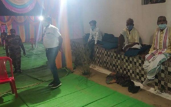 भोज कार्यक्रम में 60-70 लोग एकत्र हुए। इसमें 25 व्यक्ति बिलासपुर और करीब 40 अंजनि गांव से शामिल हुए थे।