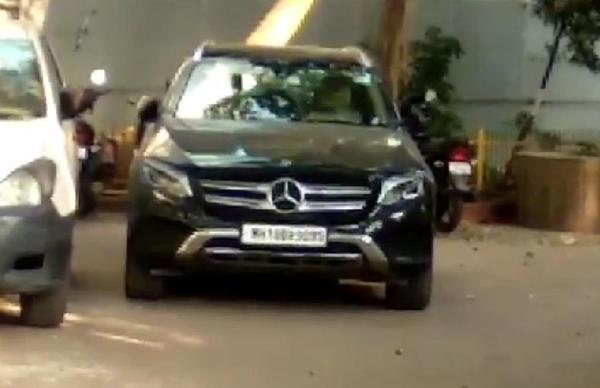 NIA के सूत्रों के मुताबिक, वझे ने मनसुख हीरेन से 17 फरवरी को इसी कार में मीटिंग की थी।