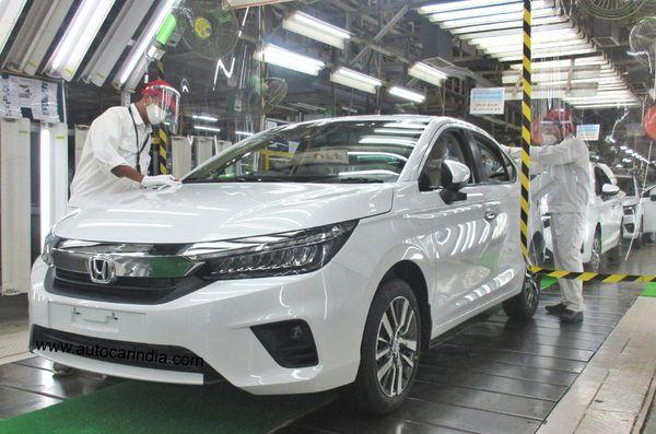 દુનિયાભરમાં કુલ કાર પ્રોડક્શનનું અડધું પ્રોડક્શન માત્ર એશિયામાં થાય છે
