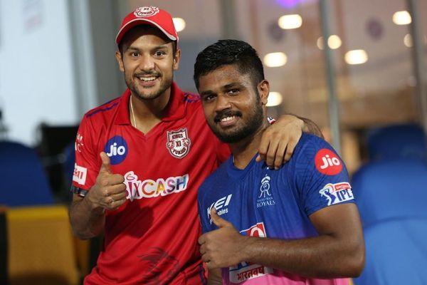 मैच के बाद मयंक अग्रवाल और संजू सैमसन एक साथ नजर आए।