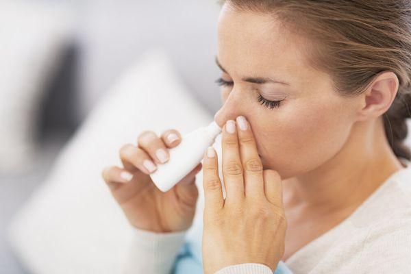 वैज्ञानिकों का कहना है कि कोविड-19 इन्फेक्शन की शुरुआत नाक से होती है, इस वजह से नाक से दी जाने वाली कोई भी दवा या वैक्सीन सबसे ज्यादा असरदार साबित होगी।