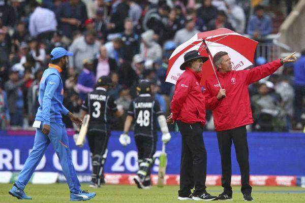 न्यूजीलैंड के खिलाफ सेमीफाइनल में बारिश का खलल।