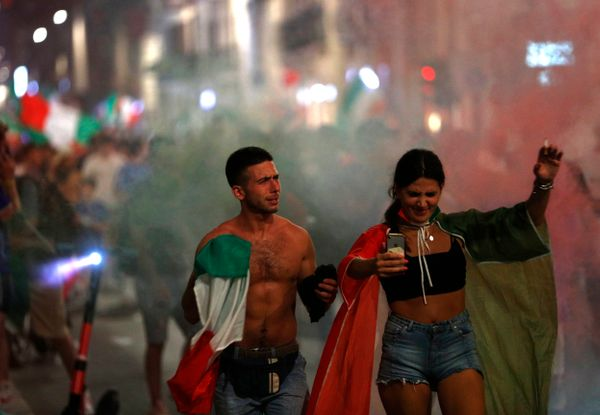 The celebration of victory continued throughout the night in Rome, the capital of Italy.