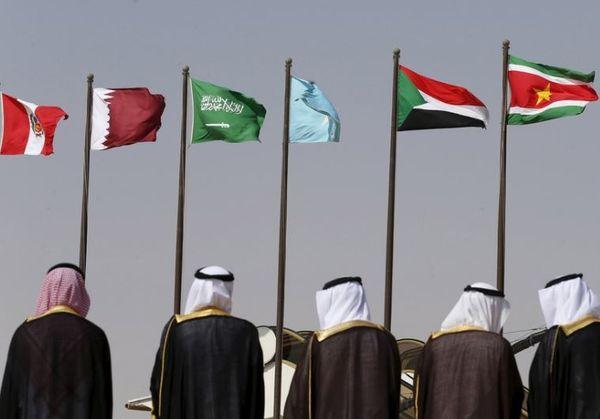 इजराइल मुस्लिम अरब देशों से घिरा देश है।