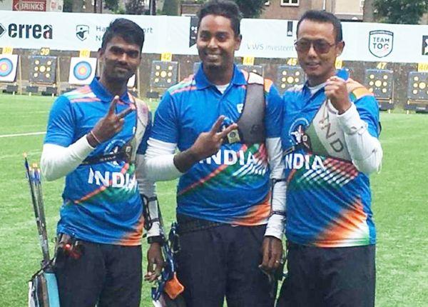 ओलिंपिक के लिए भारतीय आर्चरी टीम।