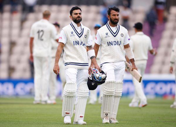 भारत ने 5वें दिन का खेल समाप्त होने तक 2 विकेट पर 64 रन बना लिए हैं। विराट कोहली 8 रन और पुजारा 12 रन बनाकर क्रीज पर हैं।