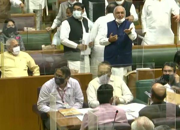 सदन में कृषि कानूनों के मुद्दे पर चर्चा करते भूपेंद्र सिंह हुड्डा