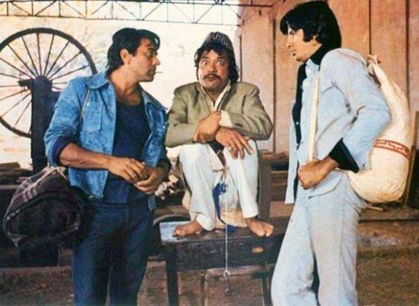 फिल्म शोले में जय-वीरू के साथ सूरमा भोपाली के मशहूर किरदार में जगदीप।