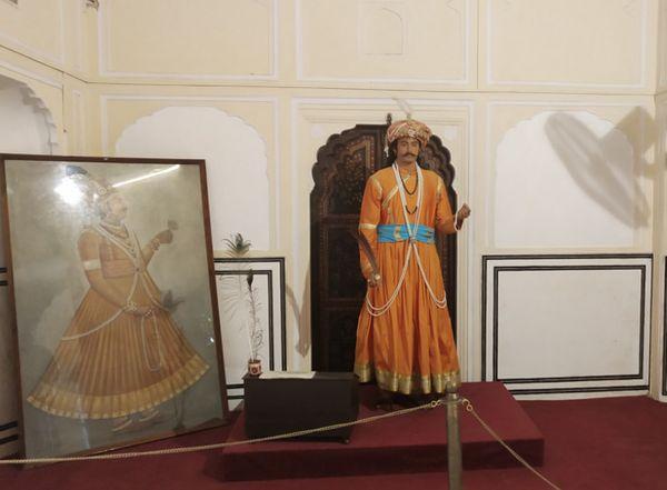 हवामहल का निर्माण करवाने वाले महाराजा सवाई प्रताप सिंह का चित्र