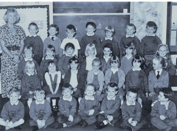 डनब्लेन के स्कूल में हुई गोलीबारी में मारे गए सभी बच्चे 5 से 6 साल के थे।